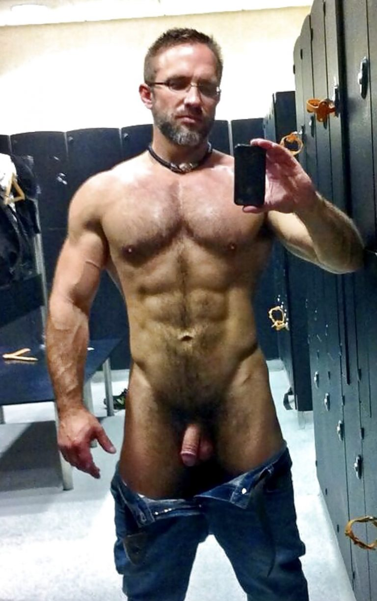 When Jake realized the gym was paying off, he started going commando! Damn, he looks good!